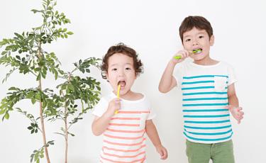 乳歯のケアと子どもの口腔内の正常な成長発育